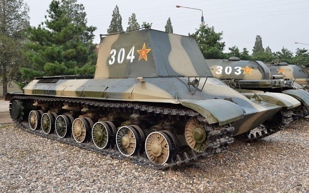 111_Heavy-tank_Test_car_20131004